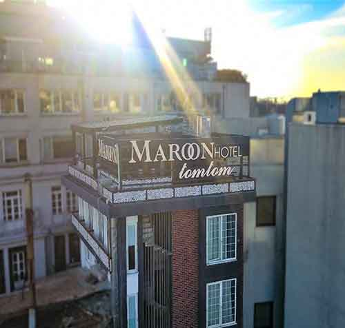 Maroon Hotel Tomtom